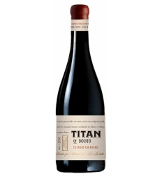 Titan of Douro em Estagio de Barro Vinho Tinto